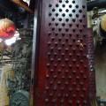 門釘式的大門